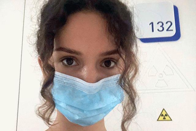 Украинская певица через соцсети рассказывает о том, как болеет коронавирусом