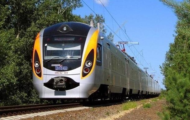 В «Укрзализнице» пояснили, когда полностью восстановят железнодорожное сообщение