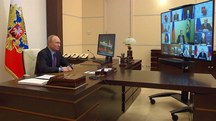 Путин объяснил, почему между РФ и Украиной испортились отношения