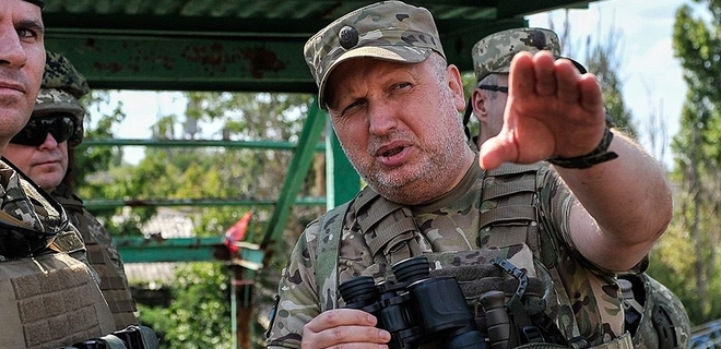 Турчинов заявил, что при приказе Зеленского наступать на Крым будет в первых рядах