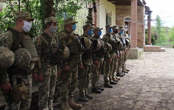 Хомчак объяснил ситуацию с нехваткой военных