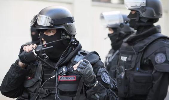 Во Франции арестовали подполковника, который шпионил на Россию