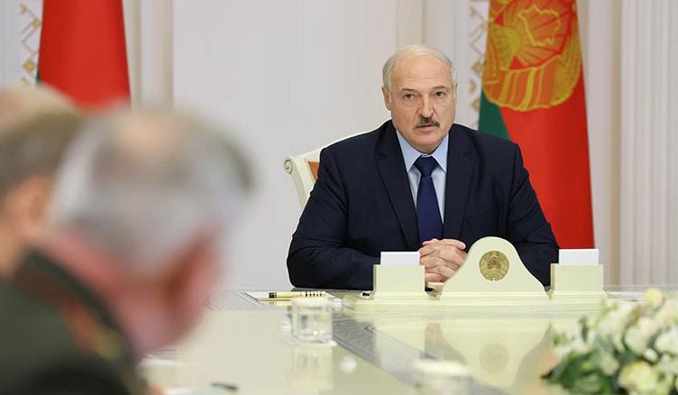 Лукашенко заявил о внешнем вмешательстве