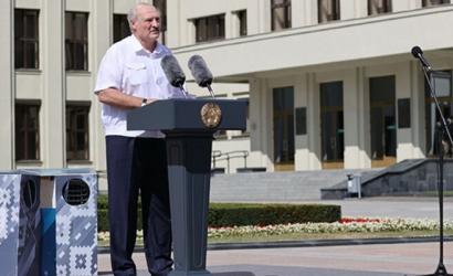 Лукашенко вступил в жесткую перепалку с протестующим на МЗКТ
