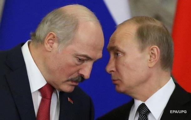 Лукашенко попросил помощи у Путина