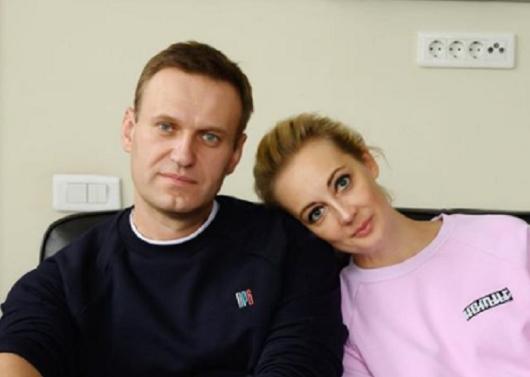 Жена Навального официально обратилась к Путину с требованием