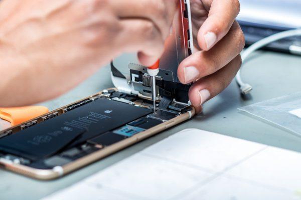 Качественный ремонт iPhone в Харькове с возможностью вызова курьера