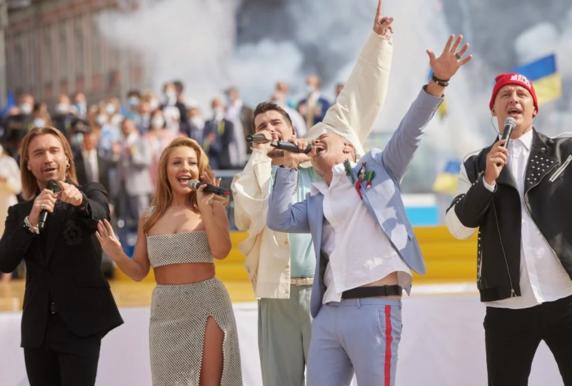 У Зеленского отреагировали на скандал с попурри на День Независимости