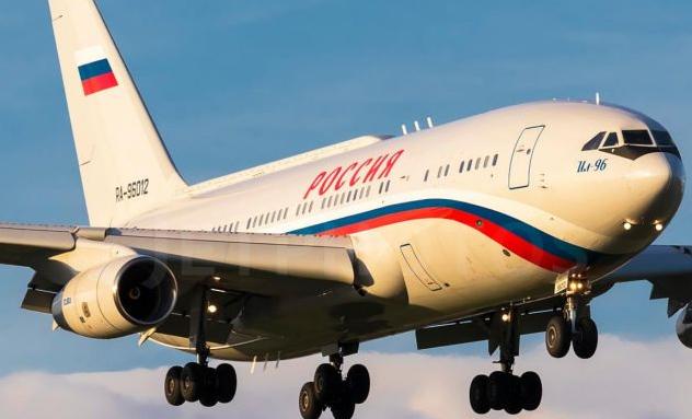 Самолет Путина прилетел в Крым, где сейчас находится Медведчук