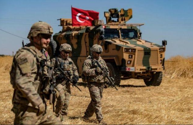 Турецкие военные отобрали у россиян новые территории в Сирии