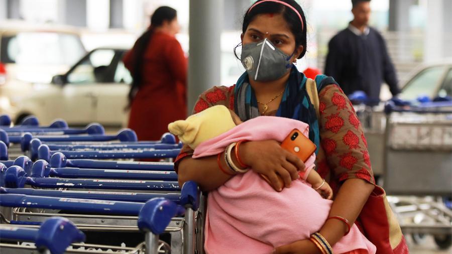 В Индии за сутки заболели коронавирусом более 90 тысяч человек