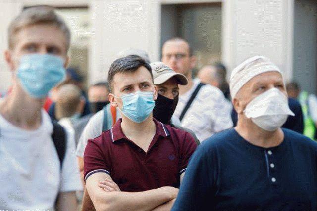 В Киеве намерены воздействовать на мэров, игнорирующих запреты «красной зоны»