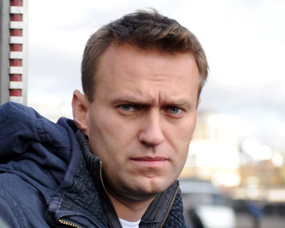 Власти Германии заявили об отравлении Навального ядом «Новичок»