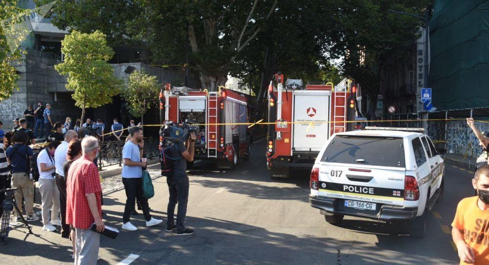 В Тбилиси прогремел мощный взрыв, погиб человек