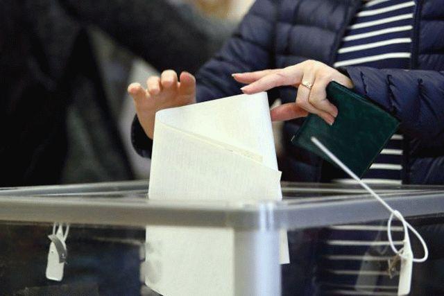 Рейтинг Зеленского снизился – опрос КМИС