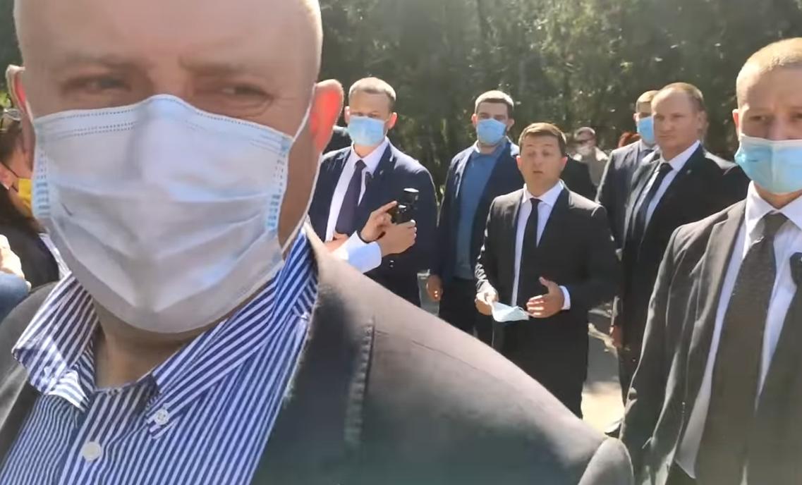 Зеленский пообщался со сторонниками Шария