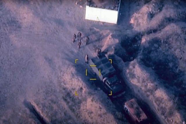 Азербайджан уничтожил военную технику армян: видео