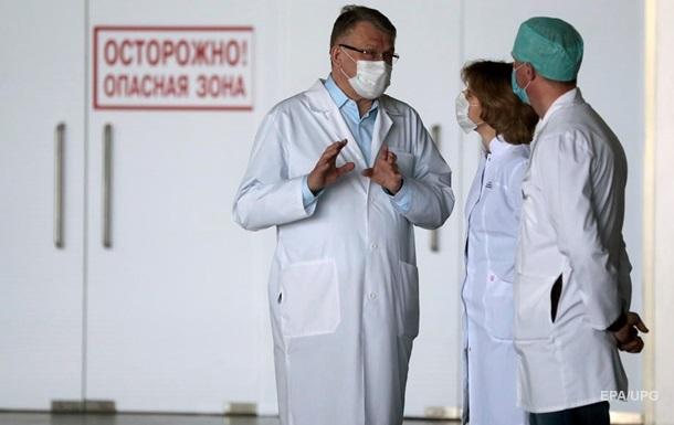 В Луганске врачи массово болеют вирусными пневмониями