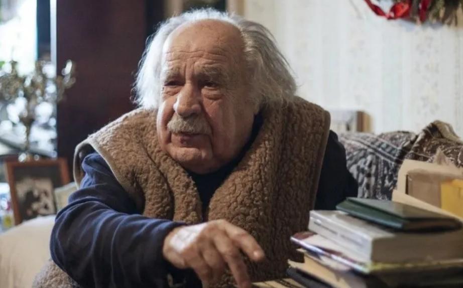 Умер известный украинский поэт Николай Петренко
