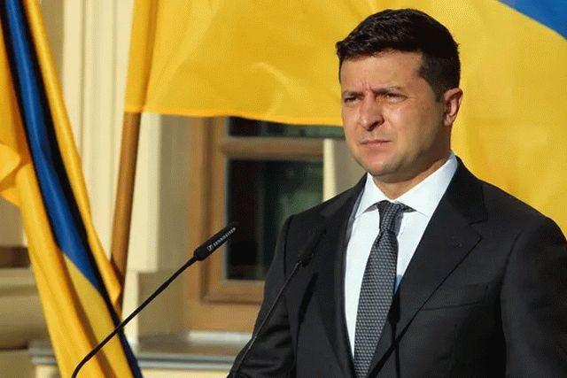 Зеленский анонсировал темы на будущие всенародные опросы