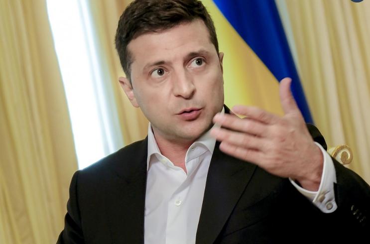 Зеленский высказался о введении особого статуса Донбасса