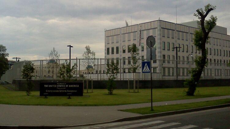 Посольство США ответило на обвинения во внешнем управлении Украиной