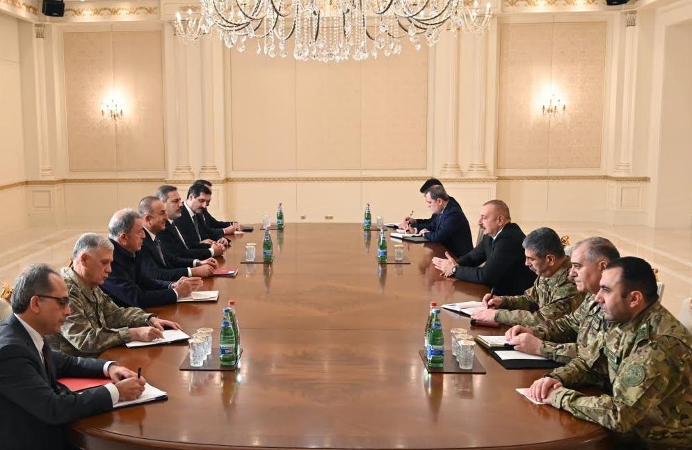 Алиев договорился с Турцией о миротворческой группировке войск