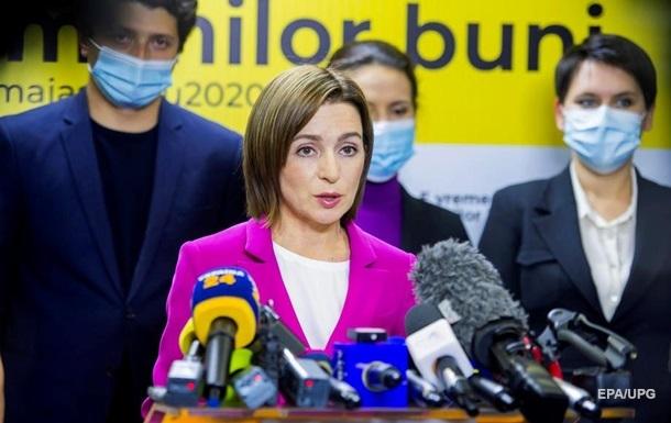 Зеленский и Путин поздравили Санду с победой на выборах президента Молдовы