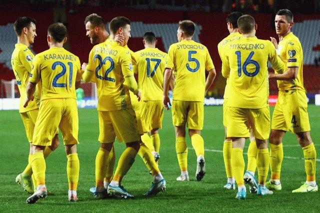 В сборной Украины коронавирус подтвердили еще у трех футболистов основы