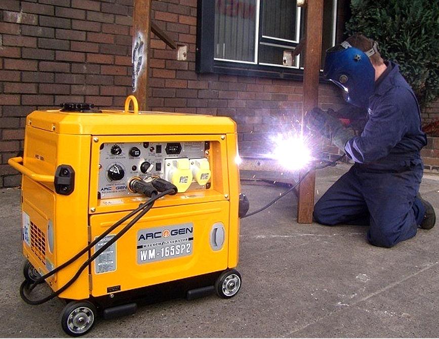 Несколько типов сварочных генераторов от проверенных брендов