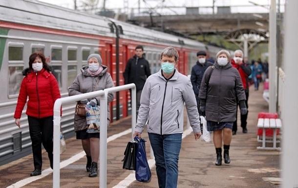 В Украине уменьшилось количество тестирований и случаев выявления коронавируса