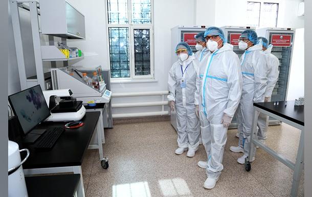 Казахстан начал вакцинацию собственной COVID-вакциной