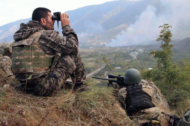 В Нагорном Карабахе вспыхнул бой между армянскими и азербайджанскими военными