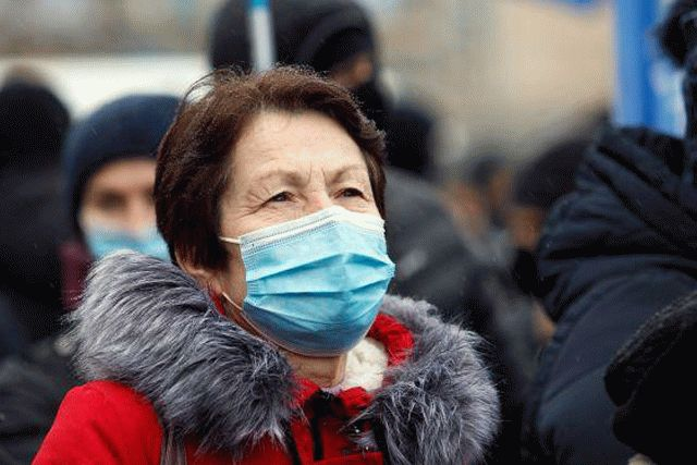 В Украине коронавирусом заразились еще почти 13 тысяч человек