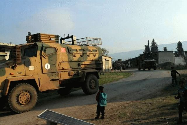 В Сирии турки обустроили новые блокпосты возле российских позиций