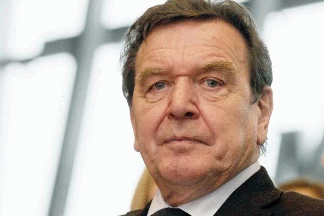 Шредер признал, что Россия незаконно захватила Крым