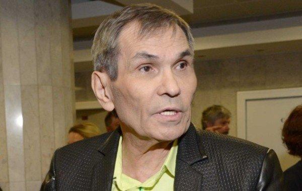 Бари Алибасова госпитализировали в реанимацию в тяжелейшем состоянии