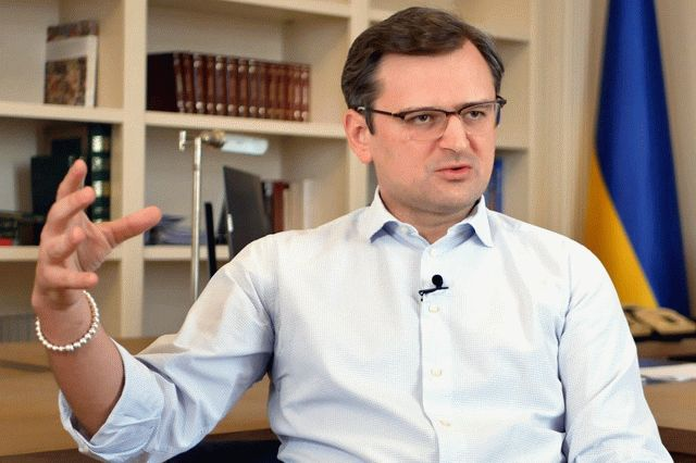 Кулеба объяснил отказ Украины от российской вакцины Спутник V