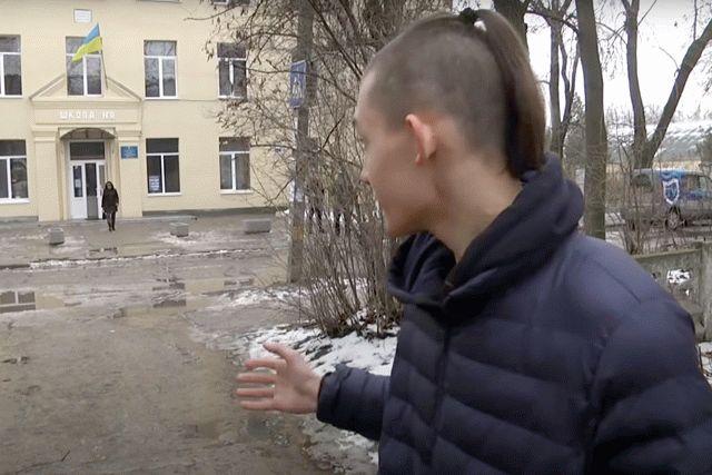 Школьник из Днепра вступил в конфликт с военными из-за русского языка