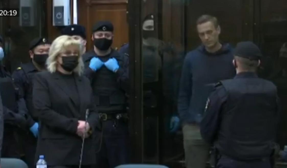 Суд принял решение отправить Навального в колонию общего режима