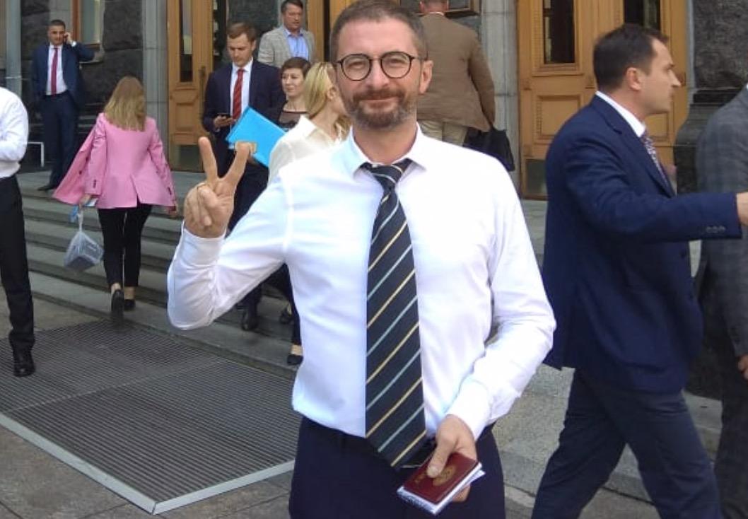 В Киеве неизвестный напал на народного депутата