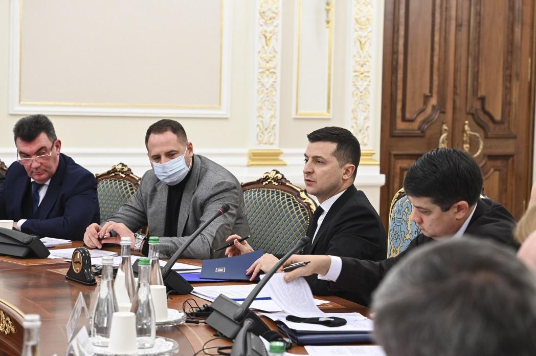На заседании СНБО приняли новые решения по Донбассу