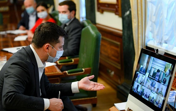 В Украине отключили от вещания телеканалы112, NewsOne и ZIK