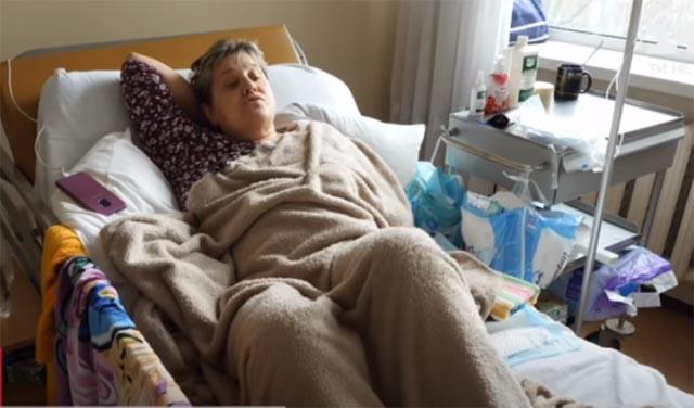 В Киеве женщину парализовало на третий день после прививки от коронавируса