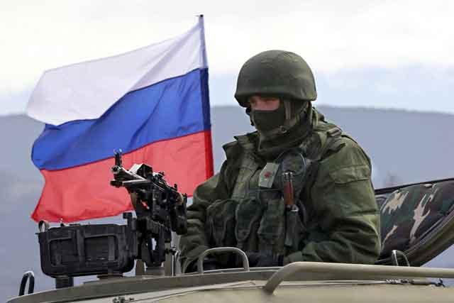В Кремле ответили, зачем перебросили войска к границе Украины