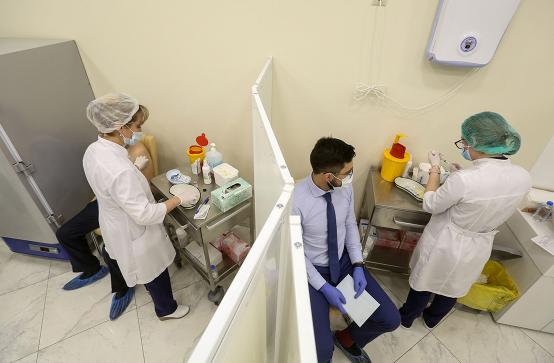 EUobserver: В России после вакцинации «Спутник V» умерли 4 человека