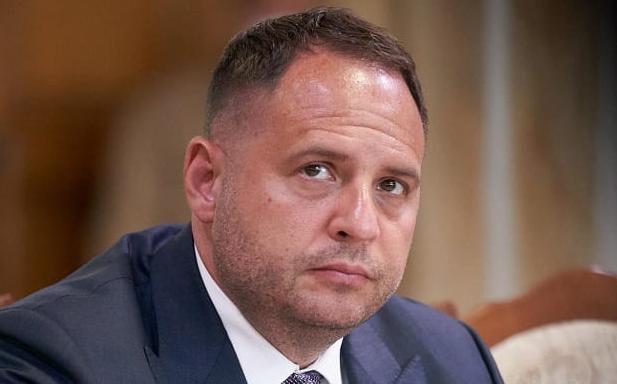 У Зеленского прокомментировали отведение войск России