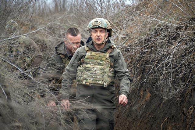 Зеленский посетил окопы, в которых погибли бойцы ВСУ