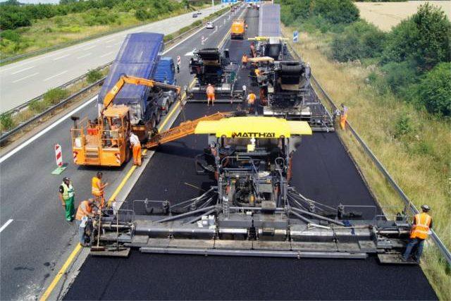 В Украине построят дорогу с запада на восток страны