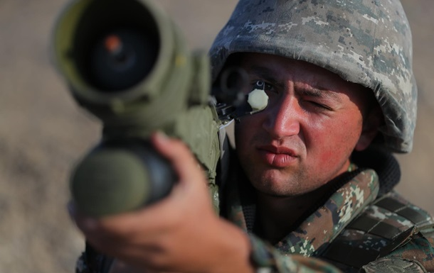 Азербайджанские военные вторглись в Армению